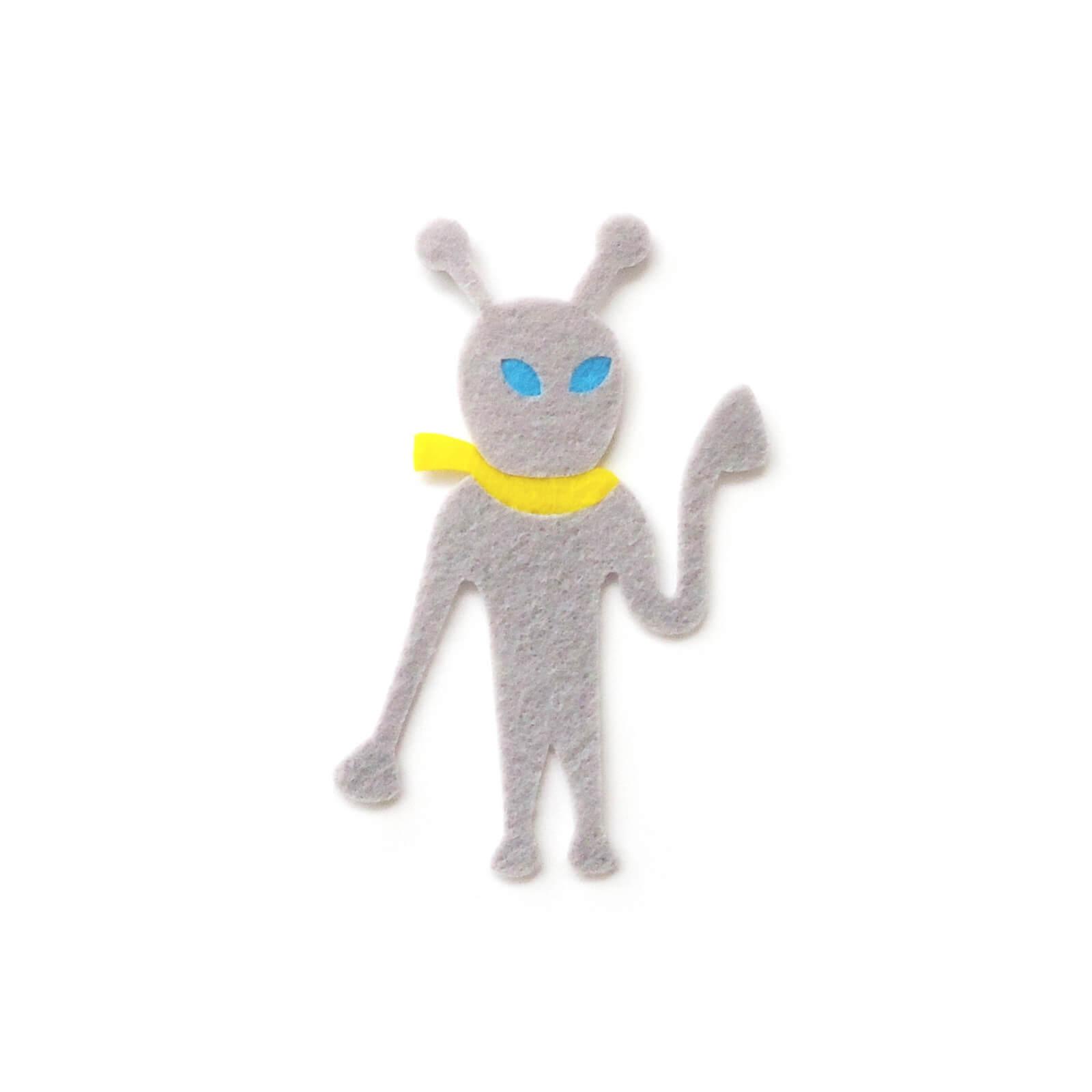 おしゃれなフェルトの宇宙人のアップリケ(ワッペン)