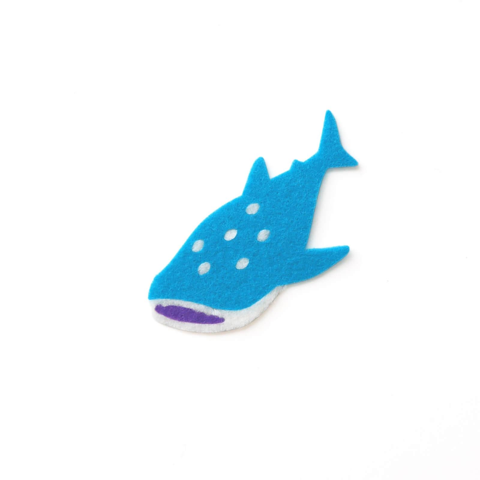 おしゃれなフェルトのジンベエザメのアップリケ(ワッペン)